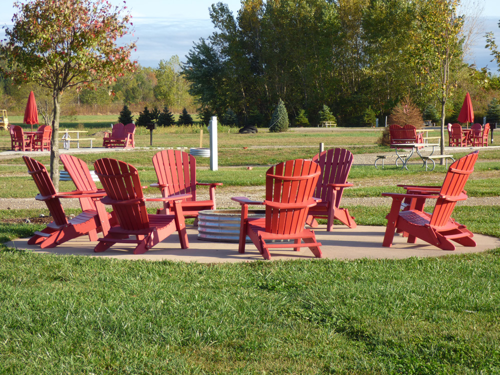 Premium Campsite Friends & Family | Yogi Bear's Jellystone Park™ Camp-Resort | South Haven, MI