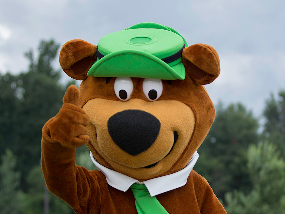 Yogi Thumbs Up | Yogi Bear's Jellystone Park™ Camp-Resort | South Haven, MI