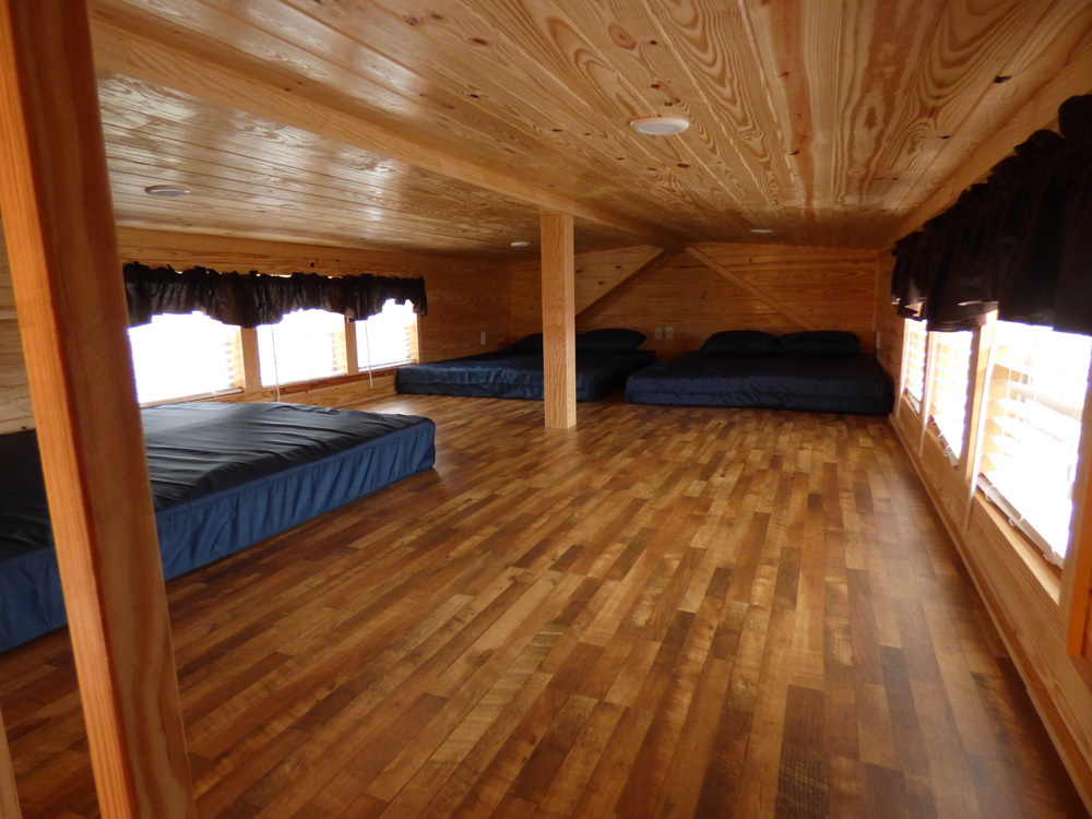 Lazy Bear Cottage   Yogi Bear's Jellystone Park™ Camp-Resort   South Haven, MI