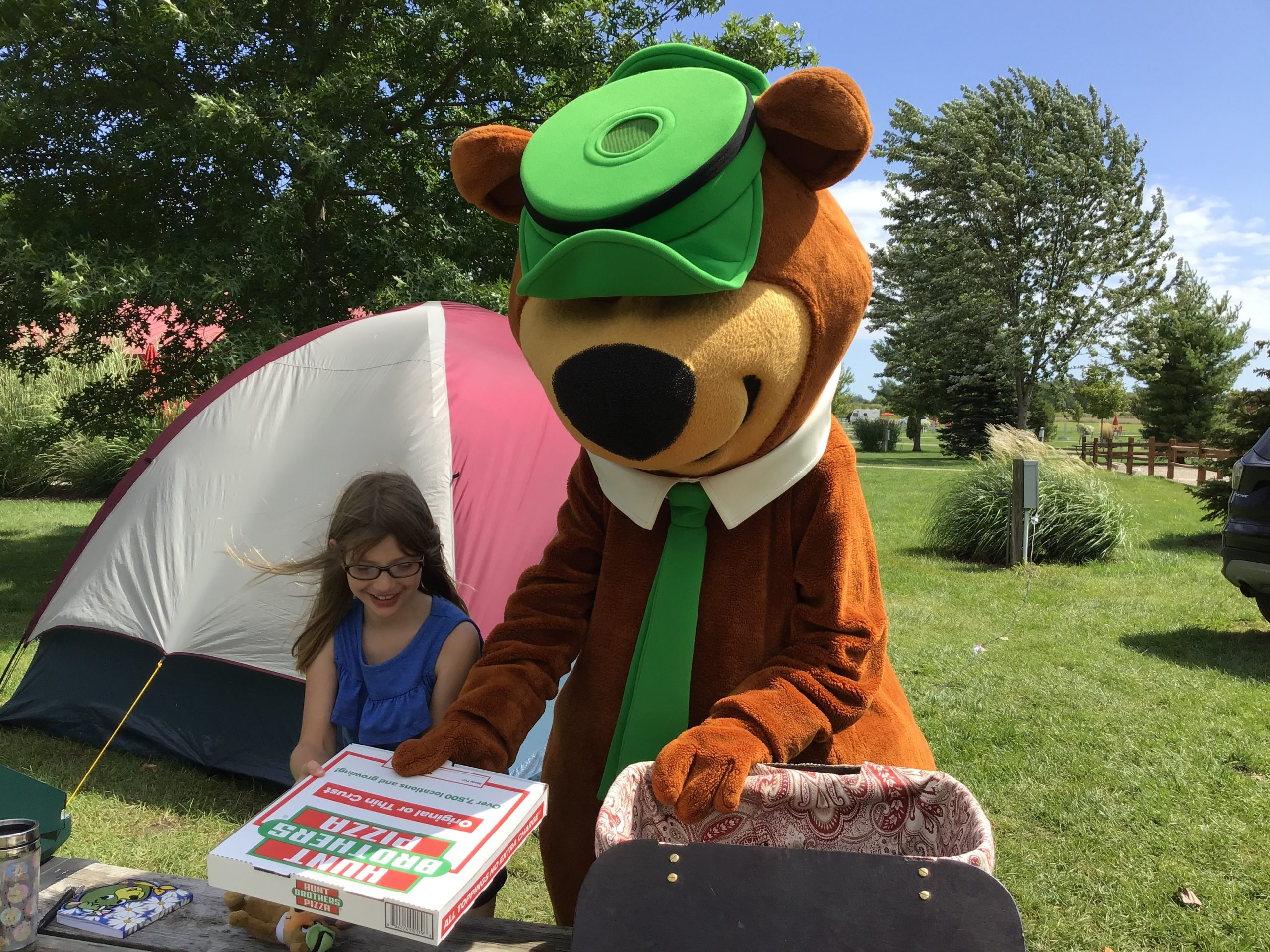 Yogi Bear & Pizza