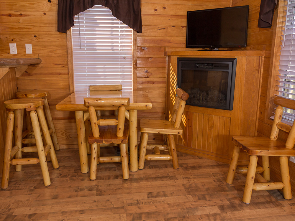 Yogi Bear Cottage | Yogi Bear's Jellystone Park™ Camp-Resort | South Haven, MI